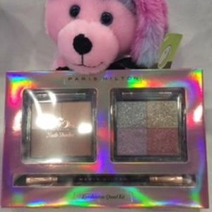 PARIS HILTON EYESHADOW QUAD SET